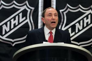 NHL Commissioner Gary Bettman apologizes for the lockout. (USA Today)