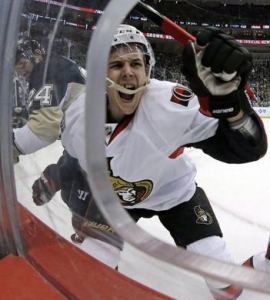 Erik Karlsson's immediate reaction to Matt Cooke stepping on his leg. Man. (Associated Press)